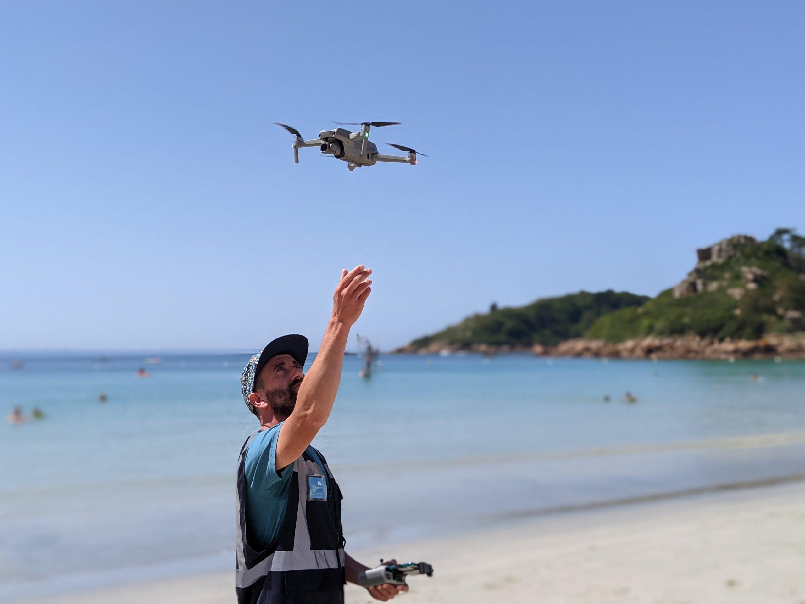 Télépilote de drone professionnel
